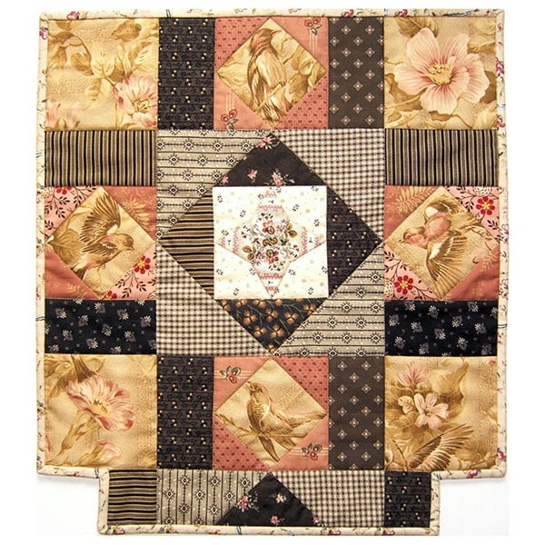 Heritage Doll Quilt Danielle